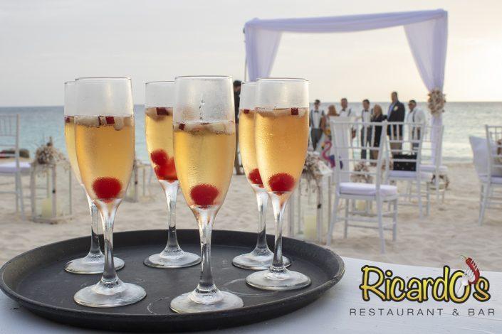 mimosa champagne beach wedding cocktail