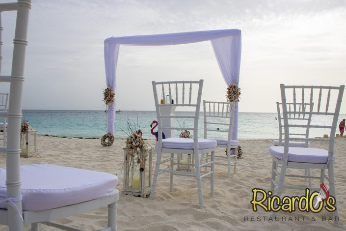 event beach decoration ricardos beach wedding