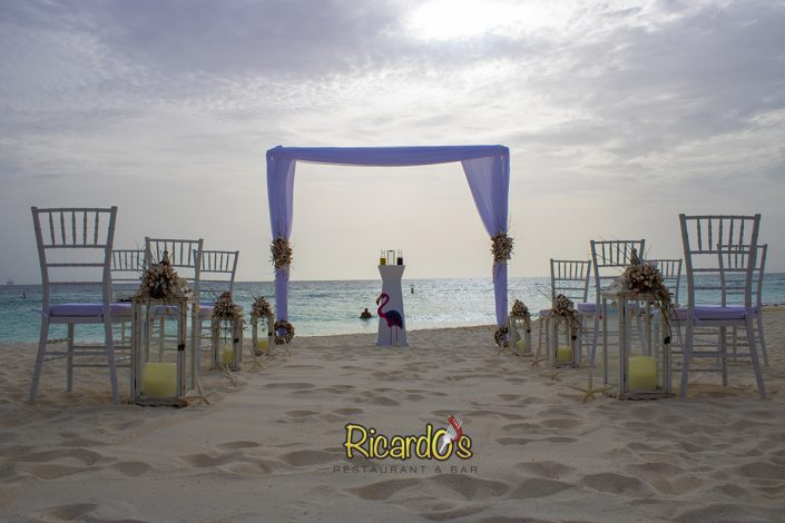 beach wedding arc ricardos beach restaurant aruba
